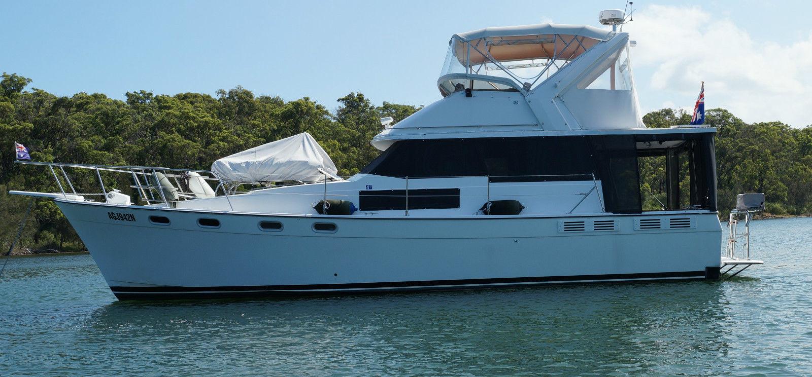 Du thuyền Leisure Boat & Yacht
