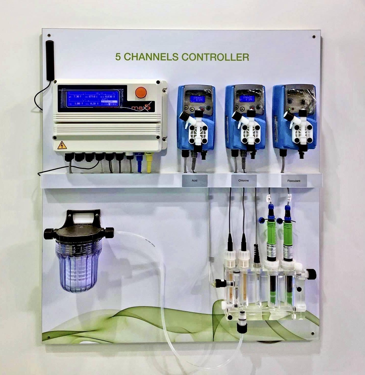 Thiết bị đo và giám sát 5 kênh pH, Chlorine, ORP, độ dẫn điện và nhiệt độ