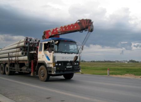 Dịch vụ vận chuyển hàng sang Campuchia bao thuế xuất nhập khẩu